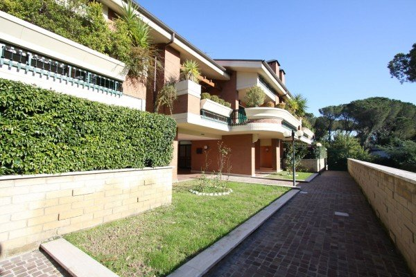 Newy built, Awesome property in a prestigious area of Rome
